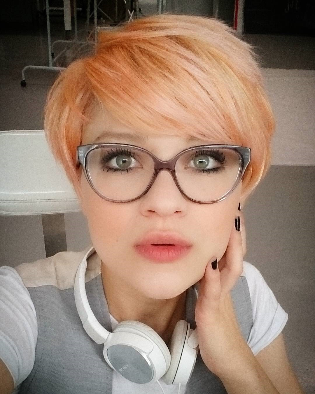 short hair blorange